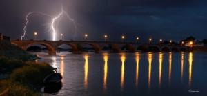Loire Dame LumièreLes Ponts de Cé. Anjou